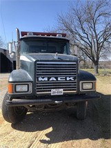 2001 MACK CH613 For Sale In Jim Thomas External Registration, Texas 75452 image 2