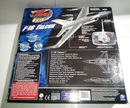 AIR HOGS RC F-16 FALCON FIGHTER RADIO CONTROL AIRPLANE (TARGET EXCLUSIVE) image 9