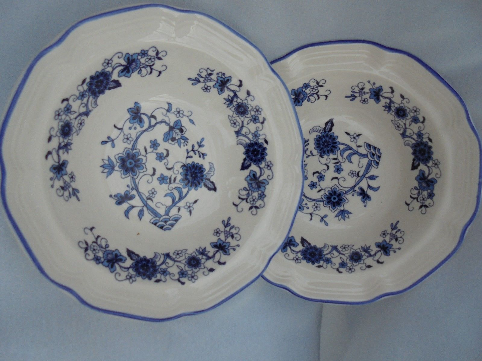 Blue Willow China Plates Bowls Dishes White Cereal Set of 2 F W Woolworth Onion - $27.66 & Blue Willow Dinner Plates: 5 listings