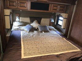 2013 Fleetwood Discovery 42A For Sale In Brevard, NC 28712 image 9