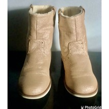 The Childrens Place Mid Gold Glitter Girl's Boots Size 2 M - $13.10