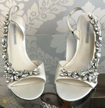 VERA WANG Lavender Label White Heels with Rhinestones Sz 8 $350 - $150.38