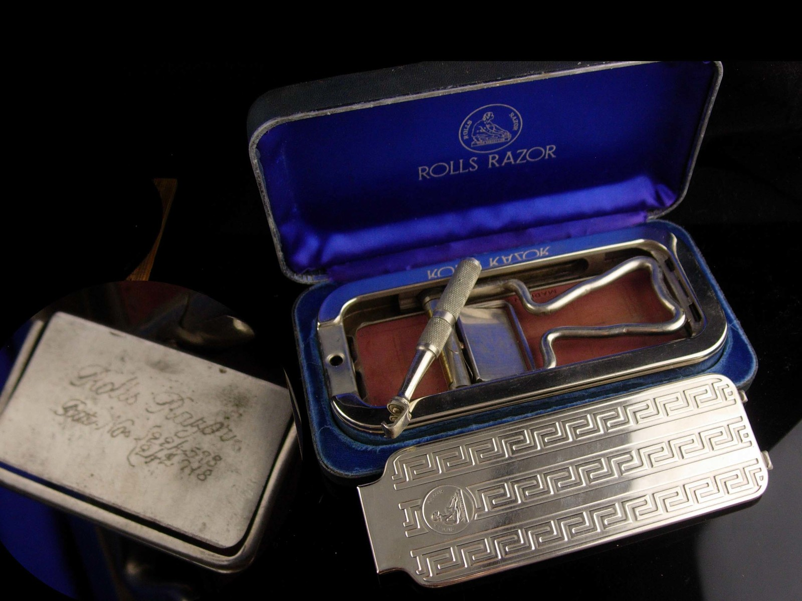 Antique Barbershop set - engine turned case - England Vintage rolls Shaver Razor