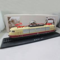 ATLAS 1/87 Ho scale Tram Siemens 103 226-7 1973 Eisenbahn Static Train F... - $34.50