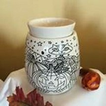 Scentsy Warmer (new) TRICKS AND TREATS - $31.56