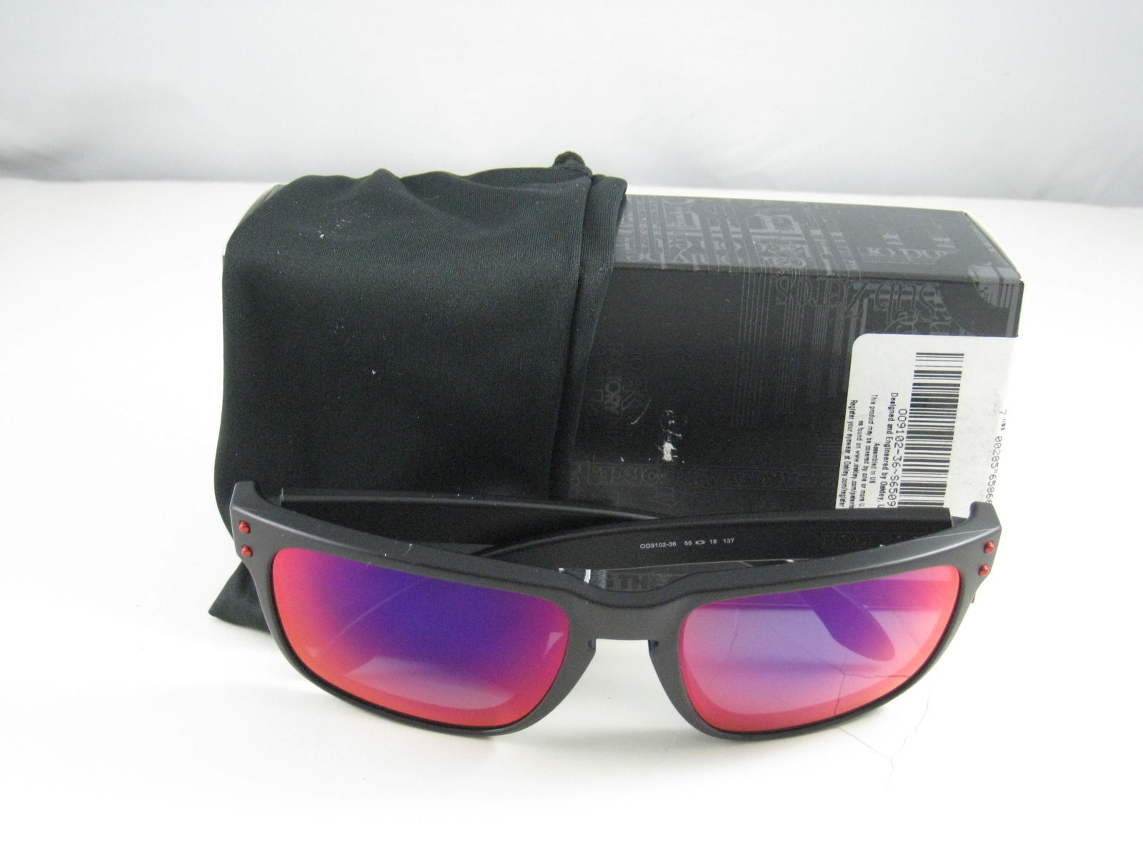 New Oakley Sport Holbrook Matte Black w Red Iridium OO9102-36