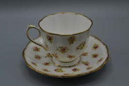 Royal Albert 2612 Teacup Saucer Pink Rose Pattern England Bone China Vtg - $26.91