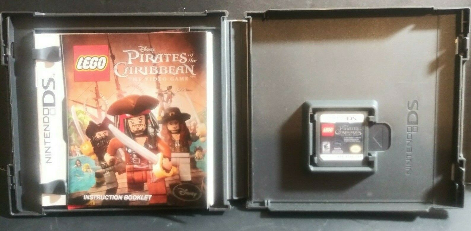 LEGO Pirates of the Caribbean: The Video Game  Nintendo 3DS, 2011 The video Game