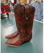 Durango Crush Floral Embroidered Western Boot Size 7W - $75.99