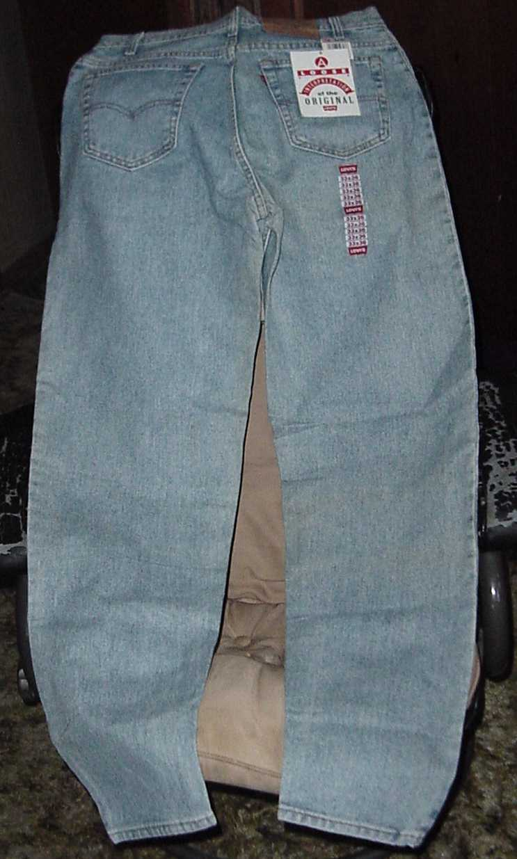 Levi 560 - Comfort Fit Blue Jeans 33 x 36 Lite Blue Stonewash - New with Tags
