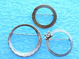 3 VINTAGE STERLING SILVER CIRCLE PIN LOT MARKED - $25.98