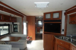 2015 HOLIDAY RAMBLER AMBASSADOR 38DBT For Sale In Nelsonville, OH 45764 image 6