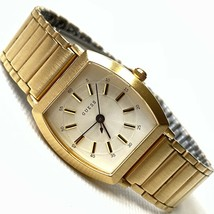 "GUESS Women's Brushed Gold Barrel Classic 6.75"" Bracelet Watch - £26.56 GBP"