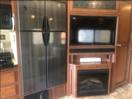 2013 Fleetwood Bounder 35K FOR SALE IN Dickenson, ND 58601 image 4