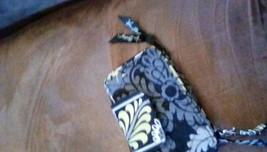 Vera Bradley Baroque Zip Around Wallet/Wristlet EUC - $15.00