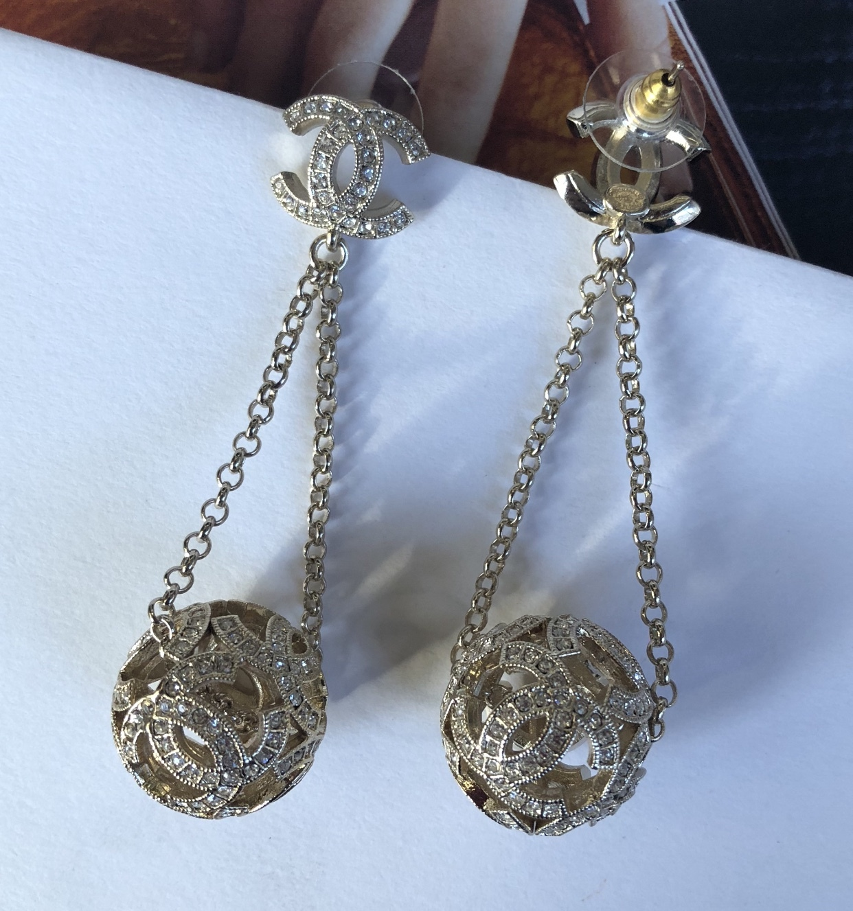 100% AUTH CHANEL 2017 LIMITED EDITION CRYSTAL CC GALAXY DROP DANGLE EARRINGS
