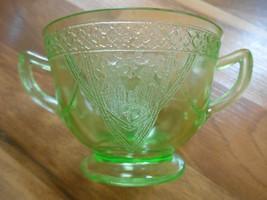 Old Vintage or Antique Green Depression Glass Georgian Lovebirds Love Bi... - $15.00