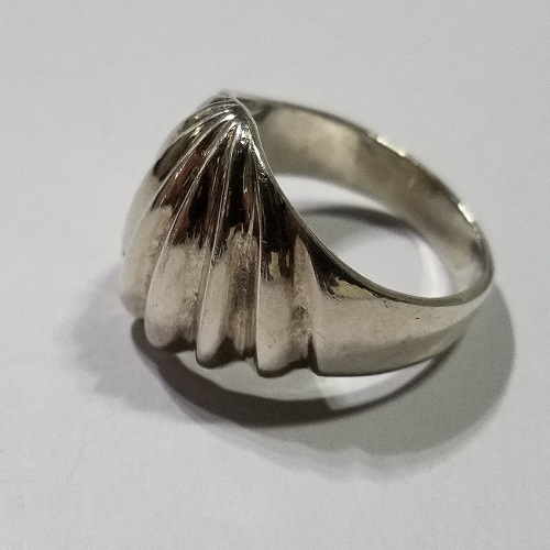 Vintage Sterling Silver Scallop Ring ~ Size 6
