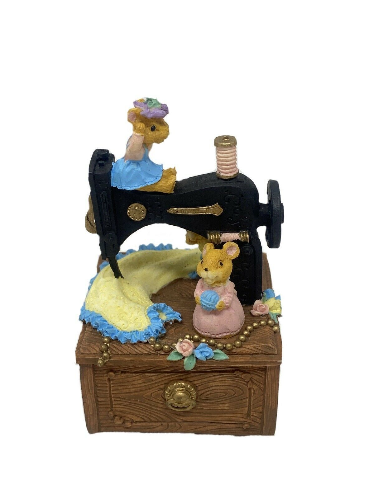 Primary image for Vintage San Francisco Music Box Company Sewing Machine With Mice Cute Music Box