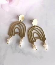 venetian earrings - brushed brass / pearl - $61.38