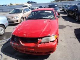 1994-1998 FORD MUSTANG DRIVER LEFT CORNER/PARK LIGHT 257814 - $39.60