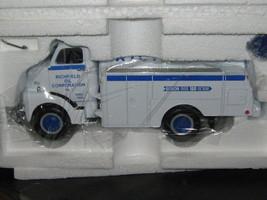 First Gear-1952 GMC Fuel Tanker Truck-Richfield Motor Fuel -F/SHIPPING - $35.00