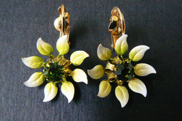 VTG AUSTRIA YELLOW ENAMEL ON METAL GREEN FLOWER CLIP ON EARRINGS - $25.34