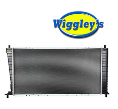 RADIATOR FO3010156 FOR 97 98 99 00 01 02 03  FORD F-150 F-250 EXPEDITION 5.4L V8 image 1