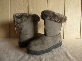 $69.00 Seven Dials Oriole Cold Weather Faux Sued Boots, US 9, M, Ash - $39.25