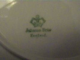 VERY OLD JOHNSON BROS MADE IN ENGLAND VTG FLOWER  PLATE - $52.25