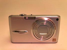 Panasonic LUMIX DMC-FX01 6.0MP Digital Camera - Silver - $30.06