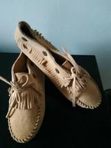 Minnetonka Moccasin Shoes Brown Flats Size 6.5 US Comfortable Walking - $38.56