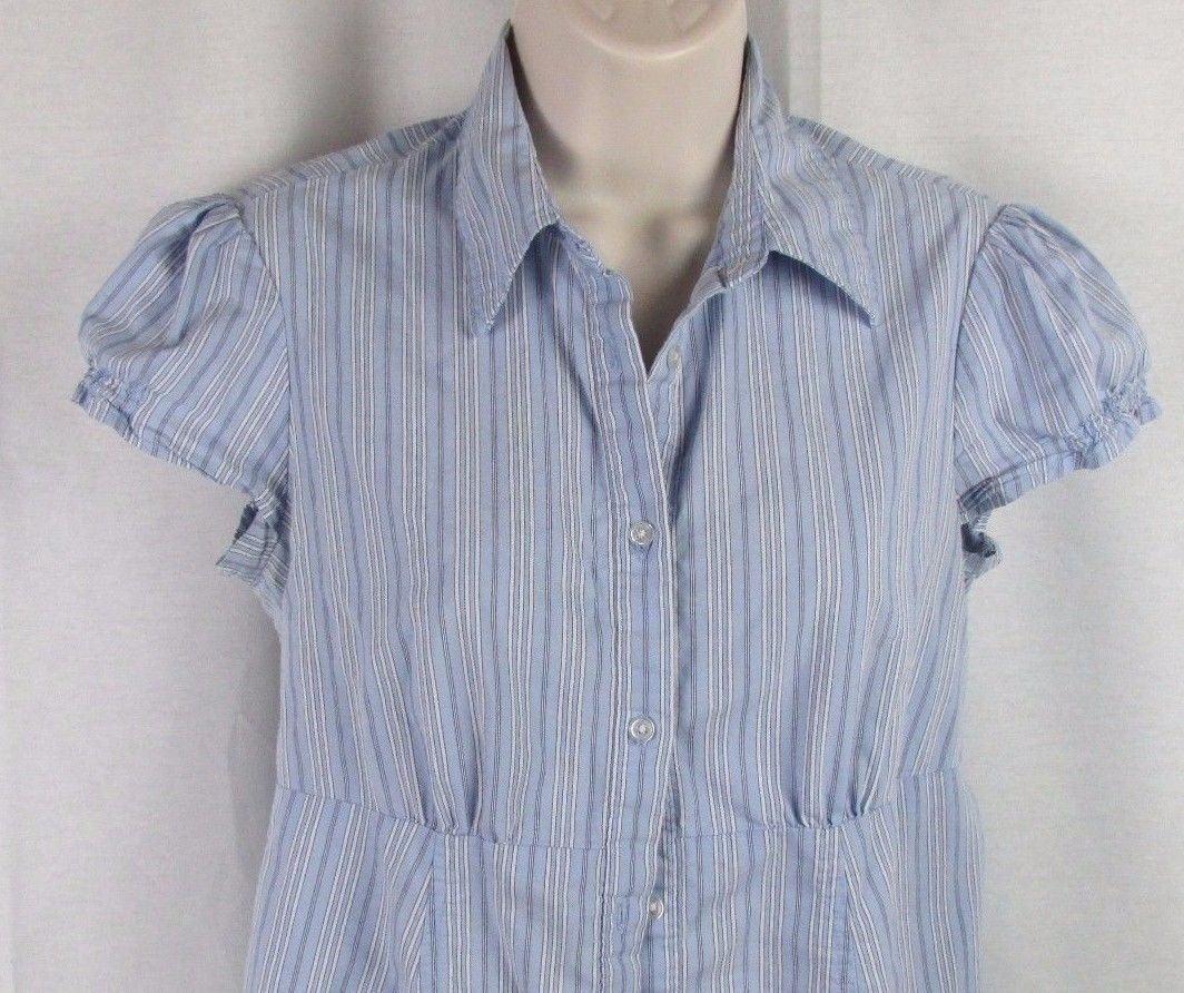 Chambray Blue Top *M NWT Ingrid /& Isabel Maternity Long Sleeve Pleated Shirt