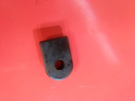 Craftsman AYP Poulan trimmer grommet 530019182 - $3.95