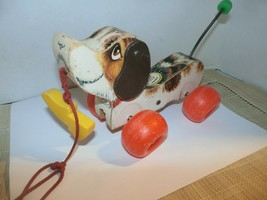 "Vintage 1968 Fisher Price ""LITTLE SNOOPY"" Wood/Plastic Pull Along Dog #693 ~ GUC - $7.92"