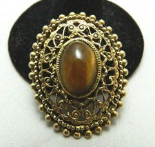 "VTG ""PERI"" Signed Gold Tone Oval Shape & Glass Tiger's Eye Pin Brooch Pe... - $39.60"