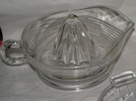 Vintage Retro Large Ringed Clear Glass Hand Reamer Juicer With Handle an... - $9.89