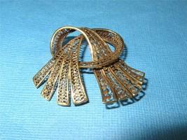 Vintage 14K Gold Knotted Ribbon Fan Brooch Pin Cannetille Detail 6.2 gra... - $271.65