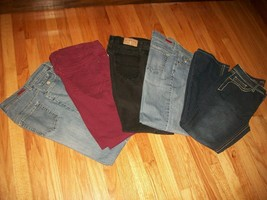 LOT of 5 Pairs of Jeans G.V. (2), Riders, G.V. & Royalty-YMI Size 10 - $31.68