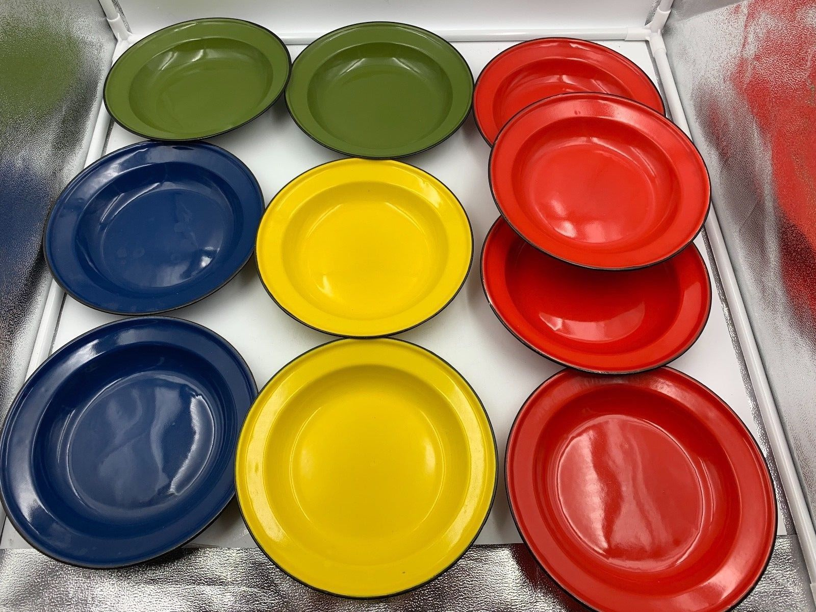 """1970s Poland 4 Color Enamelware Silesia 8"""" deep dishes/bowls 10 red yel grn blu"""