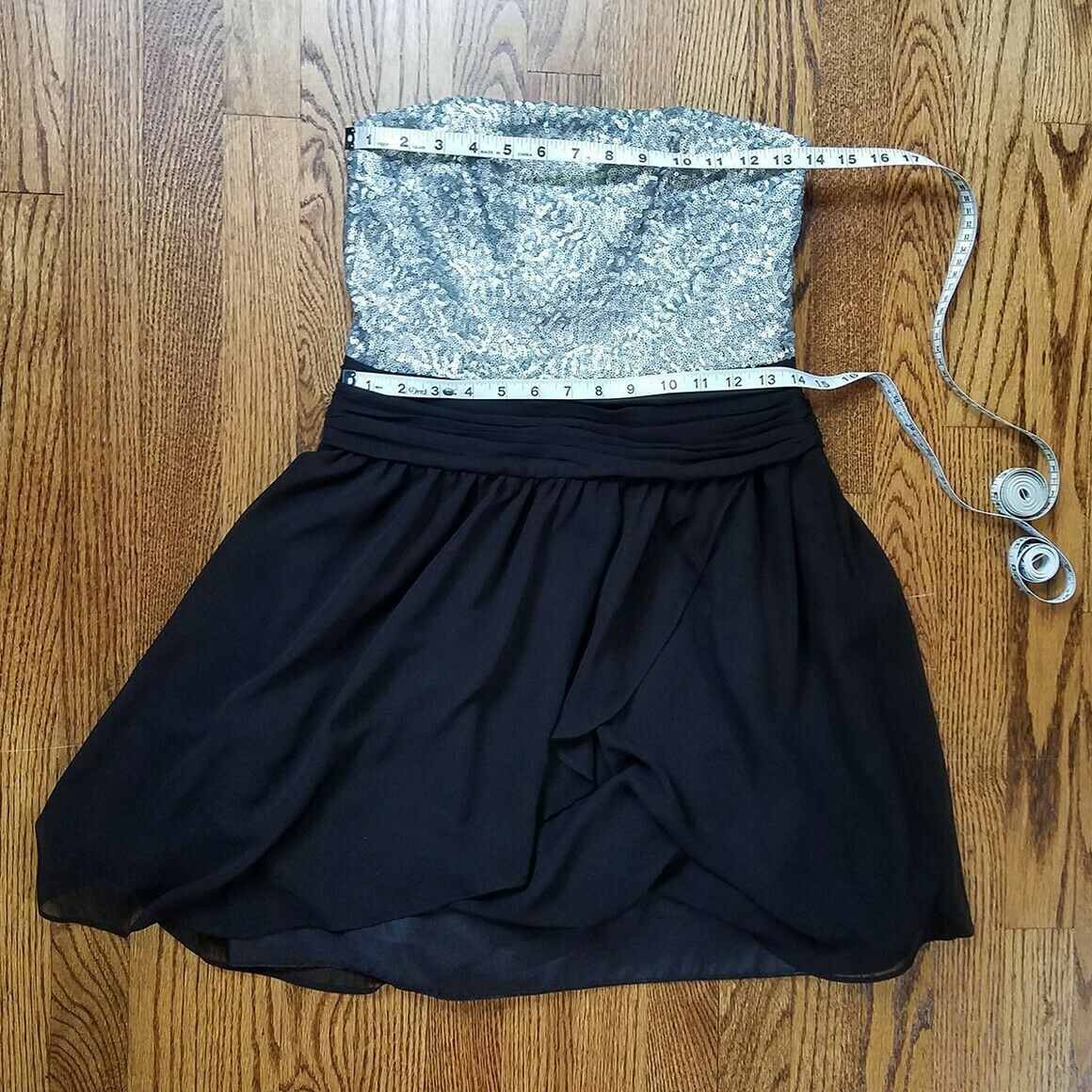 Express Silver & Black Sequin Strapless Cocktail Dress Size 6 image 6
