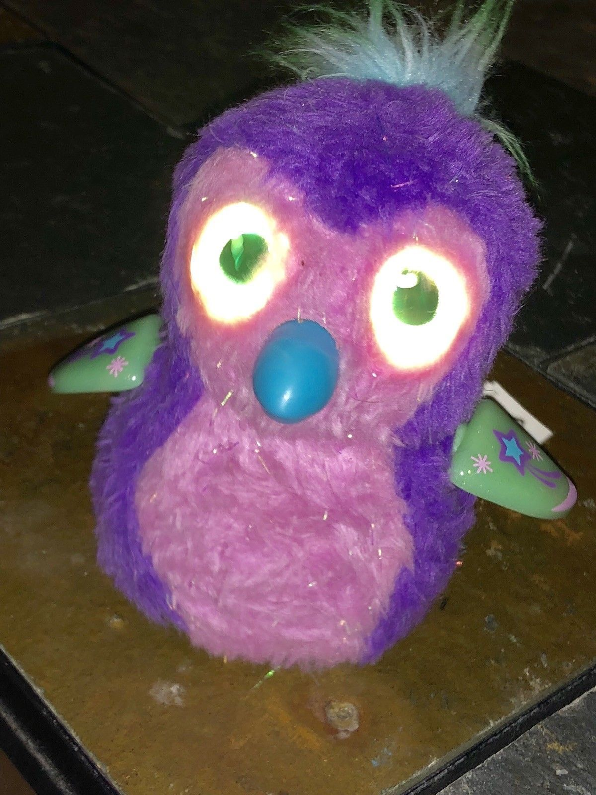 Hatchimals Glittering Garden Sparkly Penguala purple/pink with green star wings