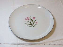 Grantcrest Pink Orchid Fine China Soup Dinner Plate 10 1/8 off white pin... - $19.05