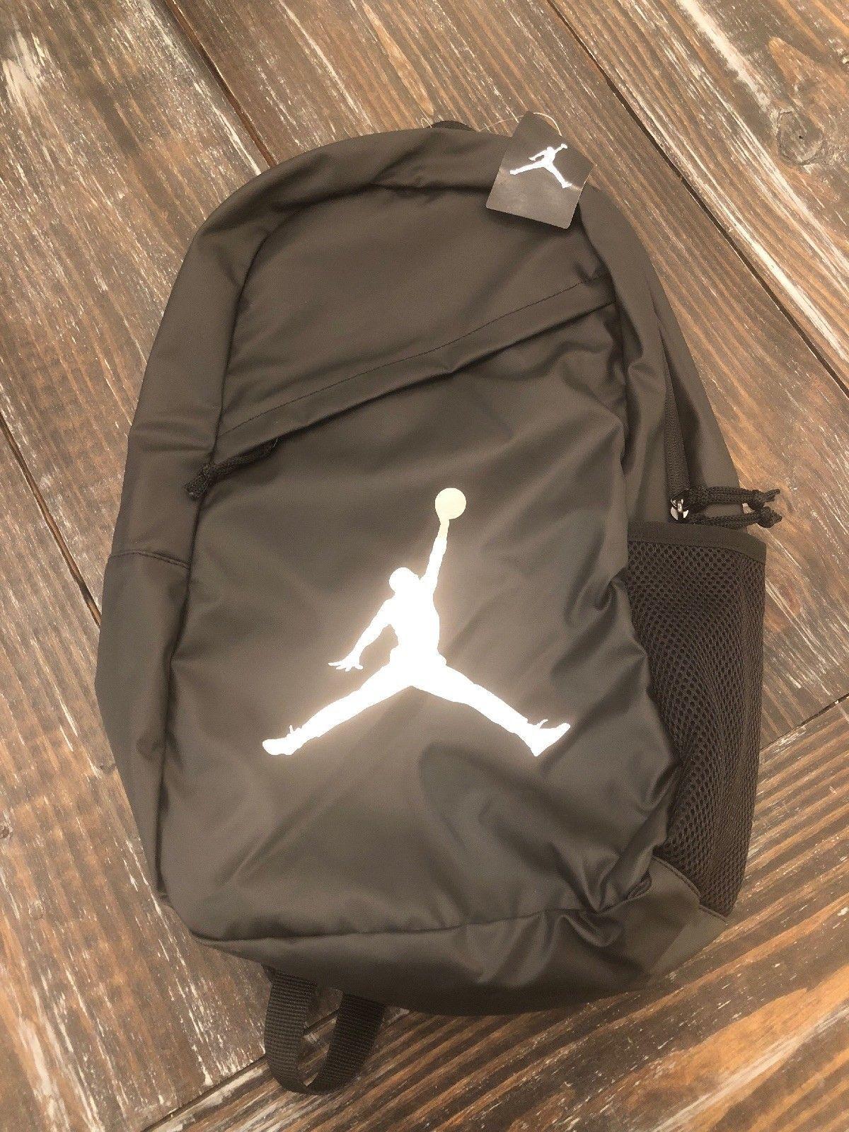 """06c9b4fc8f90f6 NWT-NIKE """"Air Jordan"""" Bag Silver Black and 31 similar items"""
