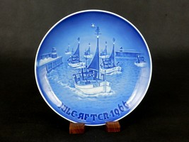 Home For Christmas ~ Bing & Grondahl Collector Plate, Jule-Aften 1966, #... - $6.81