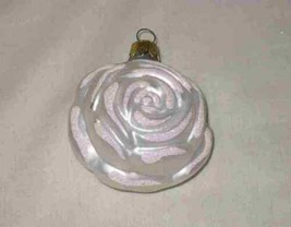 """Great Vintage 3"""" White Rose Figural Christmas Ornament - $37.19"""