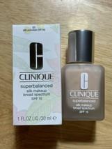 Clinique Superbalanced Silk Makeup SPF 15 01 Silk Porcelain Brand New - $31.43