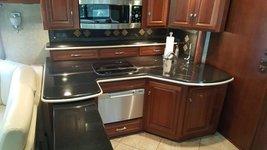 2011 Itasca Ellipse 42QD For Sale In Eugene, OR 97402 image 5