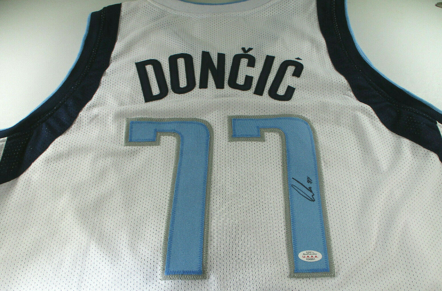 LUCA DONCIC / AUTHOGRAPHED DALLAS MAVERICKS WHITE CUSTOM BASKETBALL JERSEY / COA