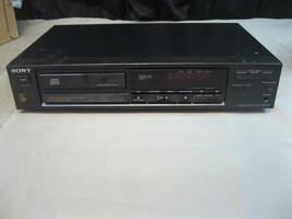 Sony Compact Disc Player CDP 370 Vintage W/O Remote **For Parts or Repair** - $18.76